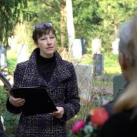Monika Klamt - Individuelle Trauerreden & Seelsorge für Frankfurt und Umgebung