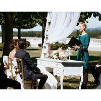 Sehr persönliche Reden und professionelle Zeremonien - ganz nach Euren Wünschen!