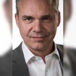DELLUXE Freie Reden GbR - Ulrich Bärenfänger