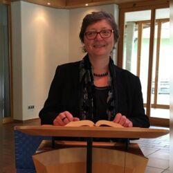 Freie Trauerrednerin Birgit Proske