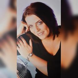 Zertifizierte Trauerrednerin Sandra Schlegel