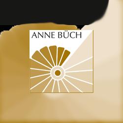 Trauerrednerin Anne Büch