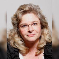 Hochzeitsrednerin und Freie Rednerin Annette Butzbach