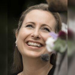 www.die-freie-traurednerin.de Nadine Stauch