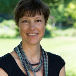 Monika Klamt -  Individuelle Trauerreden  für Frankfurt und Umgebung