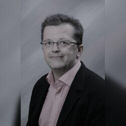 Trauerredner für das Ruhrgebiet - Frank Schilling