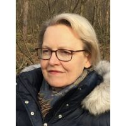 Zertifizierte Trauerrednerin Angela Sawinski