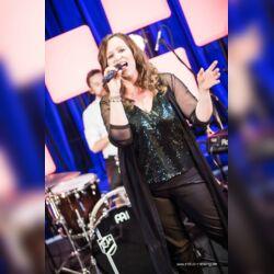 Sängerin & freie Traurednerin Jennifer Krawehl; Goldkehle.com