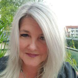 Freie Traurednerin Katrin Ehrenfried